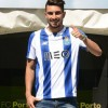Porto ficha un lateral brasileño, será competencia de Layún