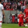 Chicharito vuelve a marcar en Clásico del Rin