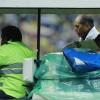 Javier Güémez sale fuertemente lesionado ante Pumas