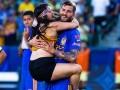 Espontánea entra a partido de America vs Tigres por Gignac